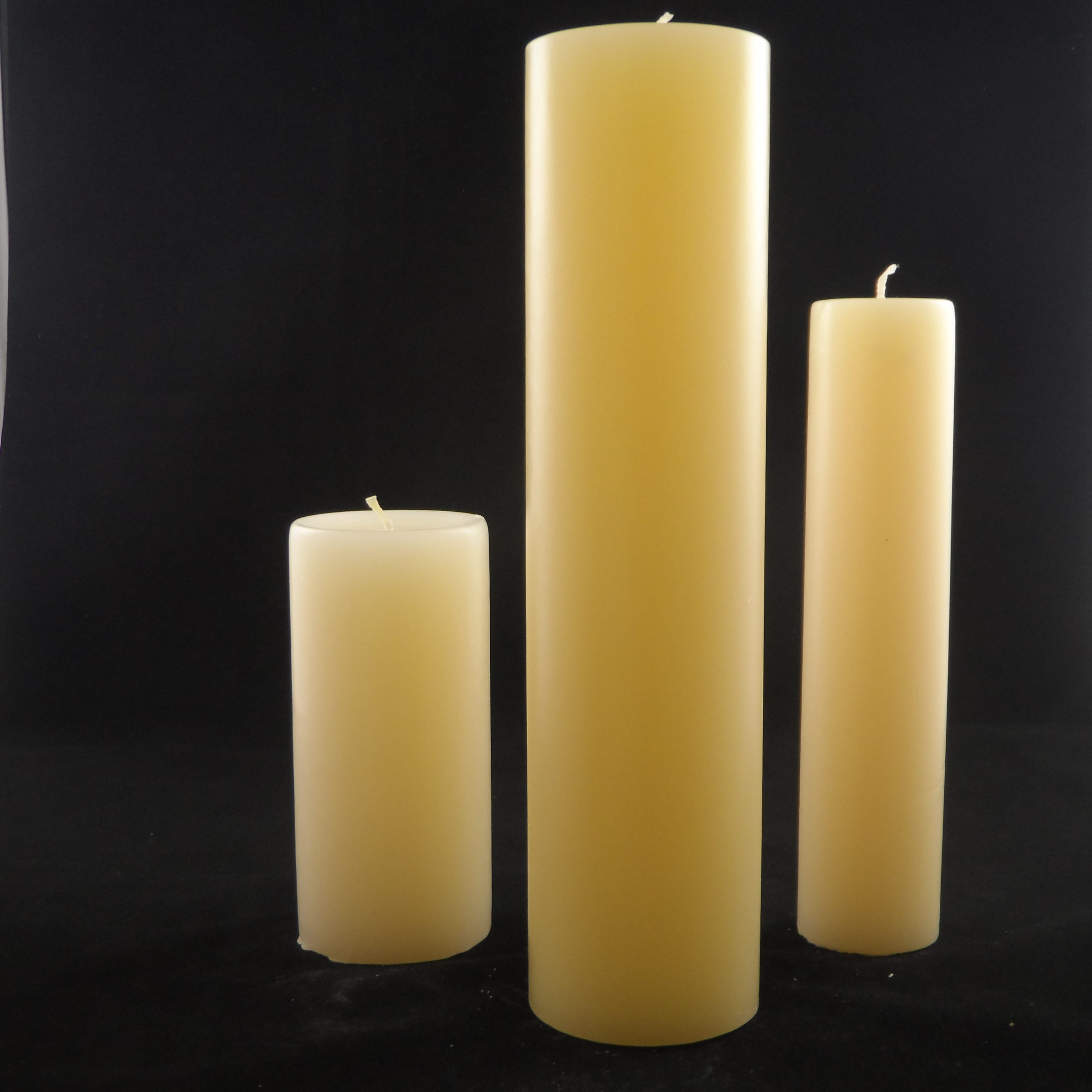 Festival large candle cream 70x280mm golden glow candles